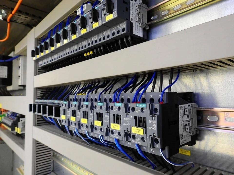 control-cabinet-2147370_960_720.jpg